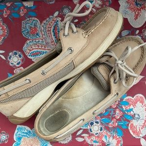 Sperry Boat Shoes !!